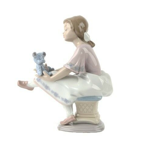 "Lladro #7620 ""Best Friend"" Figurine Young Girl with Blue Teddy Bear Retired!"
