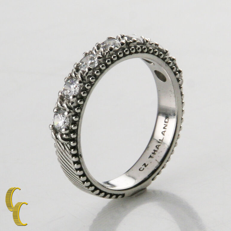 Judith Ripka Sterling Silver & Cubic Zirconia Ring Size 8 Great Price!