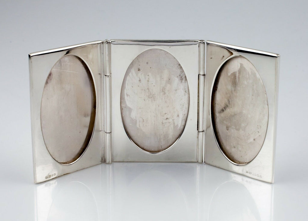 Ari D. Norman Sterling Silver Triple-Fold Oval Picture Frame! Great Condition!