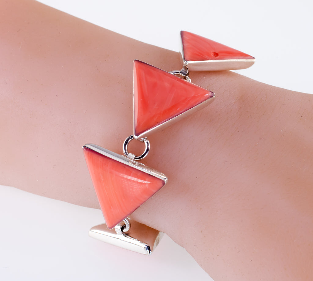 Sterling Silver Fancy Triangle Coral Toggle Bracelet 8""
