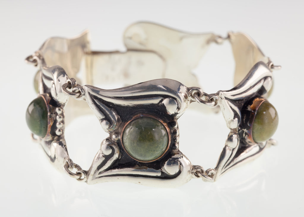 Vintage Mexico Sterling Silver Repousse & Green Stone Link Bracelet 7.50""