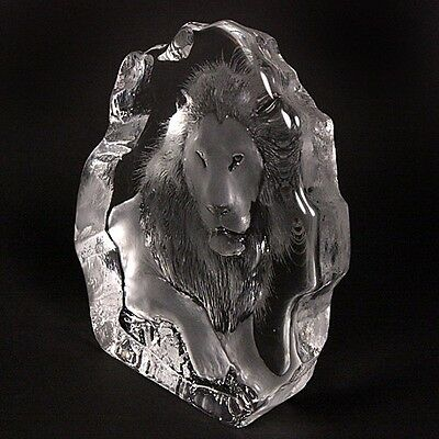 Swedish Etched Frosted Crystal Features a Lion MATS JONASSON