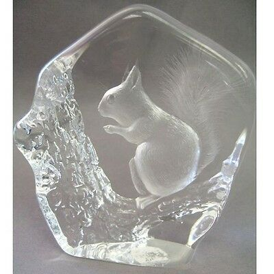 Swedish Etched Crystal Paperweight Woodland Squirrel MATS JONASSON