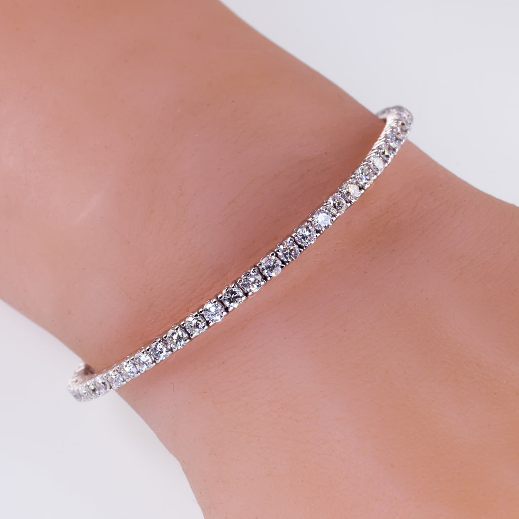 18k White Gold Round Diamond Cuff Bracelet and Collar Necklace Set TCW = 15 ct