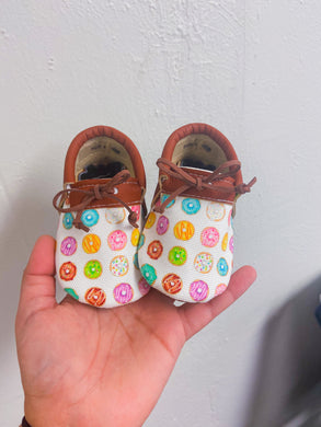 Donut Moccs- PICK A STYLE (bows will be pink)