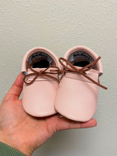 Pale Blush -  Loafers with LACES