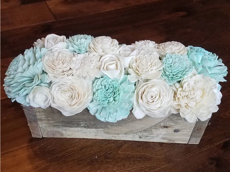Mint and Natural White Centerpiece Box