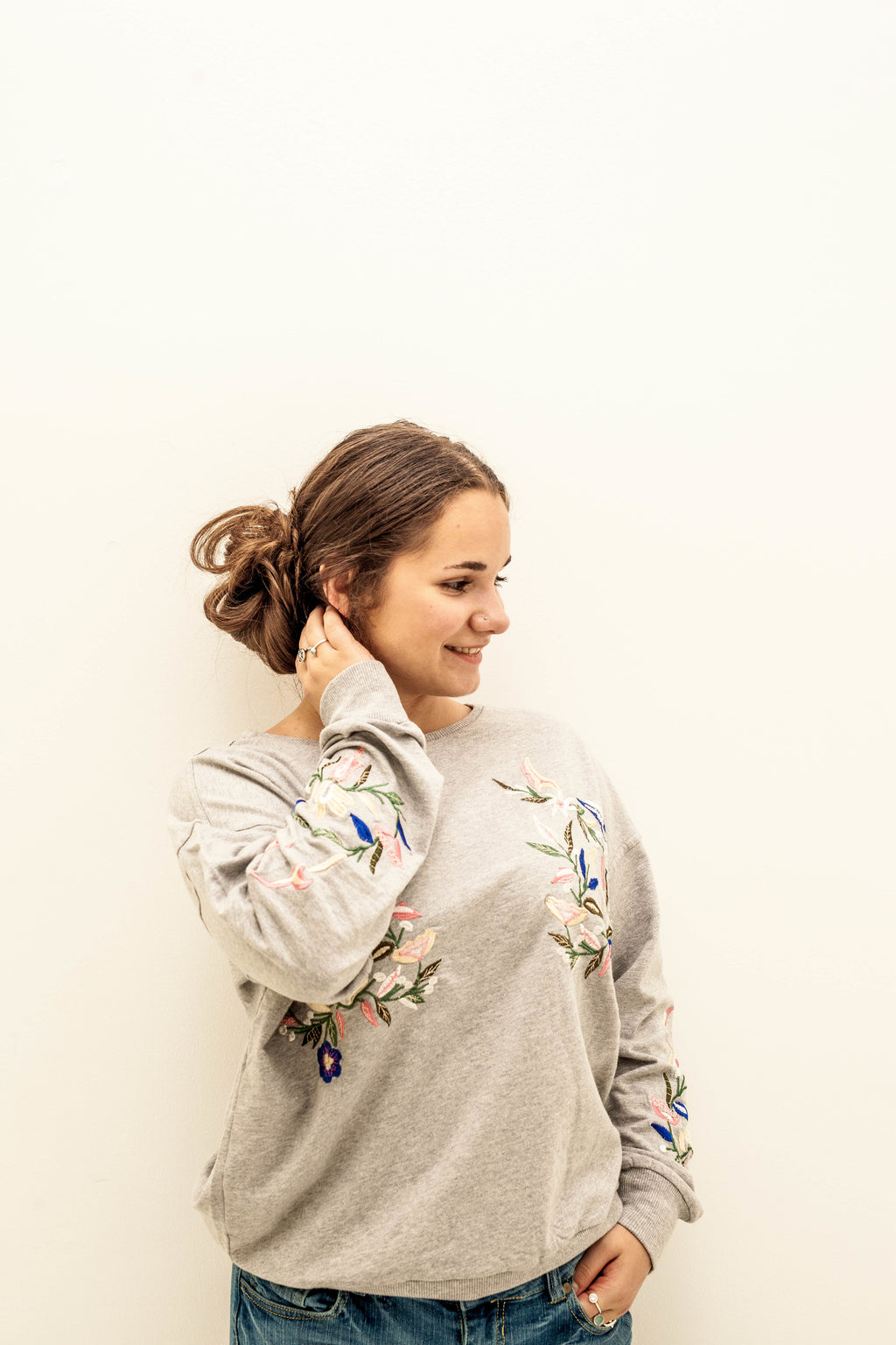 Embroidered Pull-Over Sweatshirt