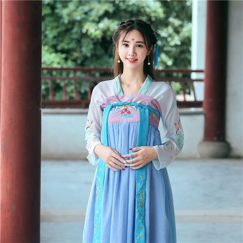 Image of Improvement Of Tang Dress And Traditional Chinese Dress