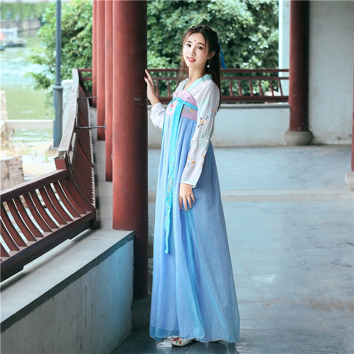 Improvement Of Tang Dress And Traditional Chinese Dress