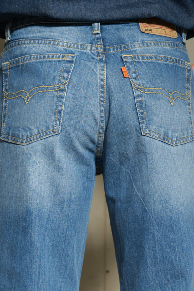 606 - Lea Orange Label Regular Fit Hand-Sanding Light Indigo 12.75oz Denim Light Wash