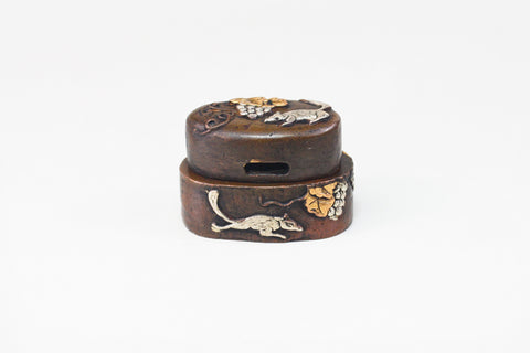 FK127 SQUIRREL GRAPE FUCHI KASHIRA