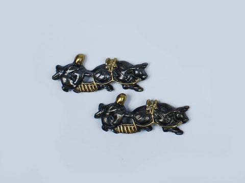 MD027 JP SAMURAI KATANA ORNAMENTS FARMER COW MENUKI