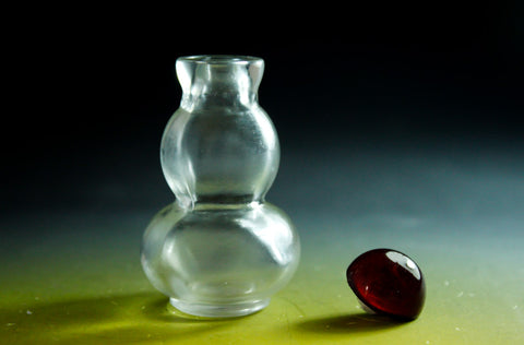 SC153 D18mm SNUFF BOTTLE TRANSPARENT GLASS