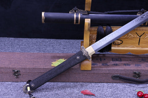 Folded Steel hand made Craved Brass Fitting sharp pearl Rayskin Chinese SWord Tang Dao