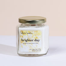 Load image into Gallery viewer, Brighter Day - Luxury Coconut Wax | Wooden Wick Candle - Solasta Scents
