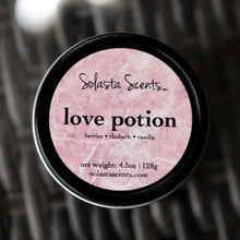Load image into Gallery viewer, Love Potion - Luxury Coconut Wax | Black Travel Candle - Solasta Scents
