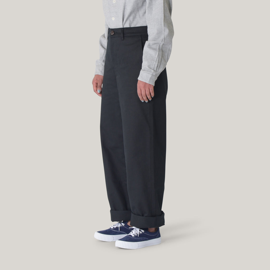 GIRLS OF DUST RENO CHINO PALMA GABARDINE - BLACK