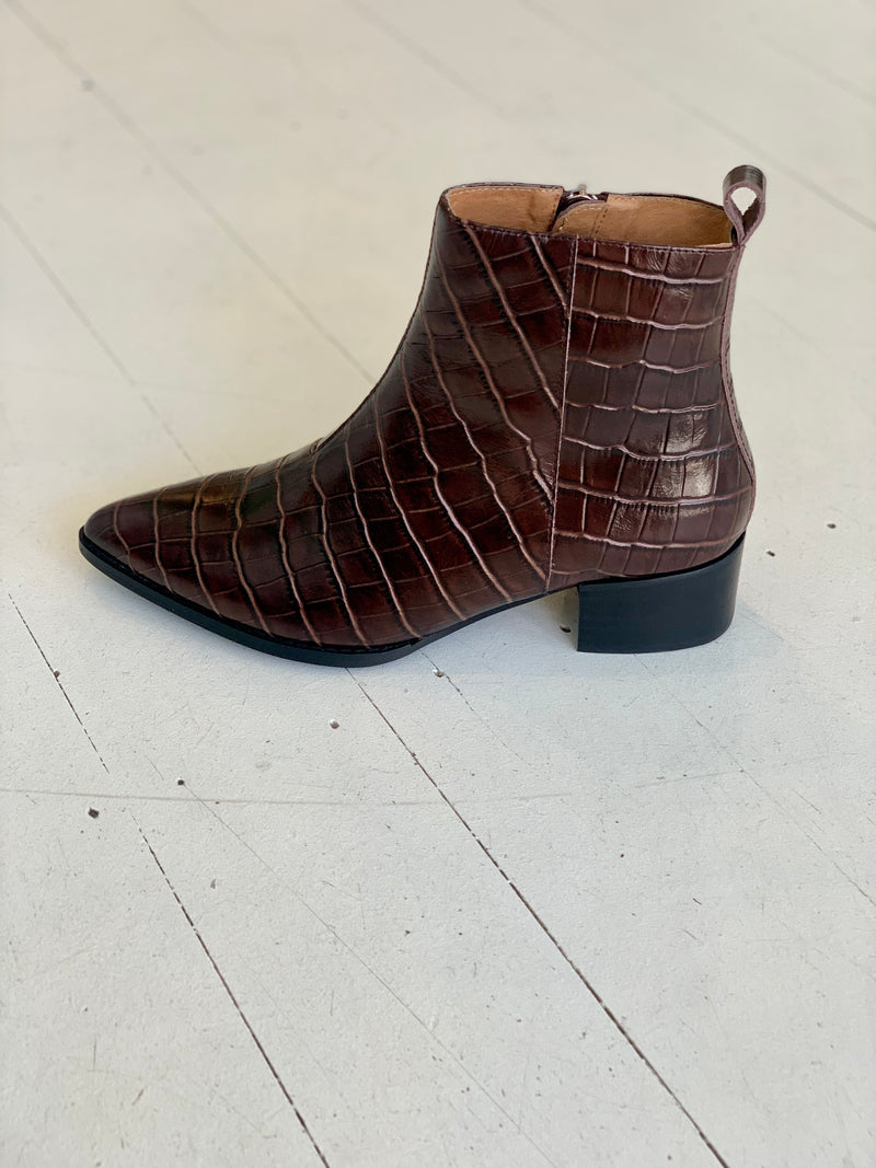 SKIN FOOTWEAR - Corban Boot (Brown Croc)