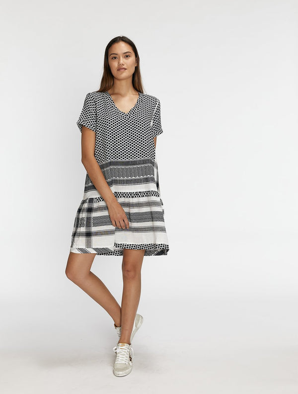 CECILIE COPENHAGEN - Dress 2 V Neck Short Sleeve (Black/White)