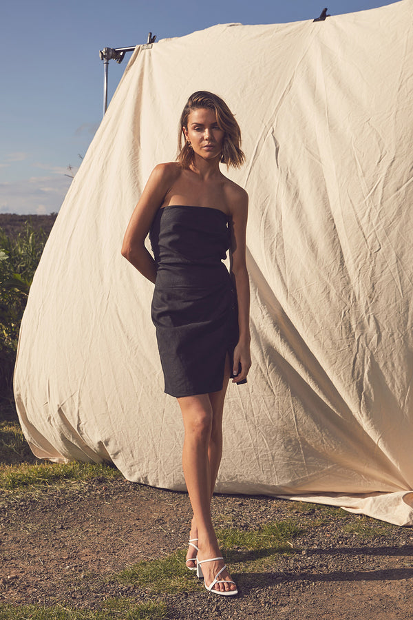 LUNE RESORT - Tiari Strapless Dress (Black)