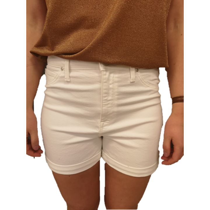 MOM SHORT OFF. WHITE-Lee-minlillebutik