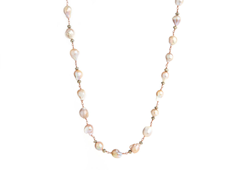 Baroque Pearl with Rose Wiring Necklace