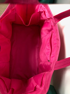 "Ultimate Large Tote Bag - 21"" L x 11"" W - 6 interior pockets"