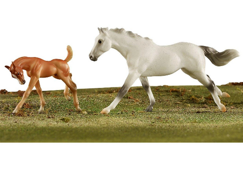 Breyer® Freedom Series Racing The Wind Set