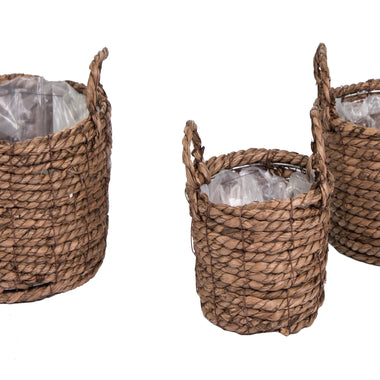 Outdoor baskets