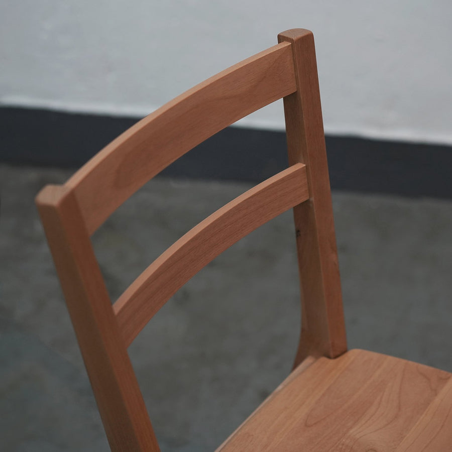 HOTTA WOODEN CHAIR - livealifehome