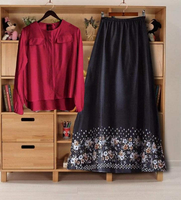 Traditional Wearing Women's Rayon Printed Top And Skirt Set