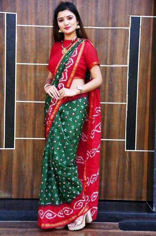 Classic Wear Heavy Waving Bandhani saree