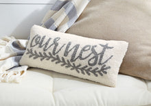 Load image into Gallery viewer, MUD PIE OUR NEST HOOKED PILLOW