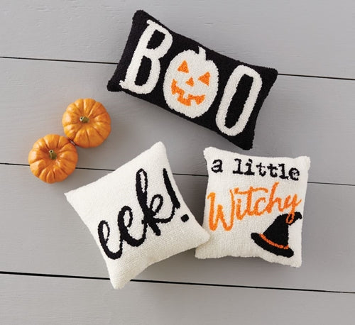 MUD PIE HALLOWEEN MINI HOOKED PILLOWS