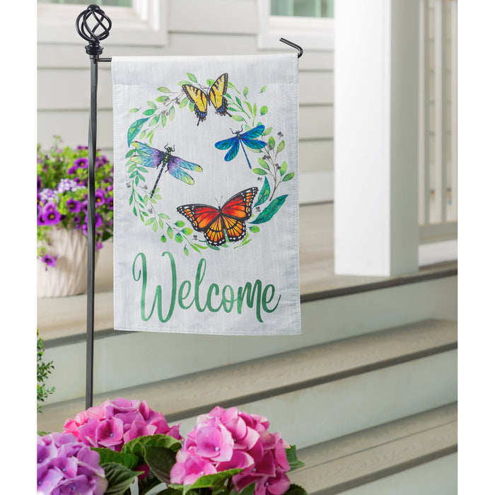 Evergreen Butterfly & Dragonfly Wreath Strie Garden Flag