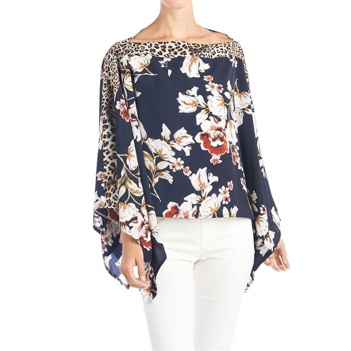 Coco & Carmen Gianna Navy Floral Print Pullover