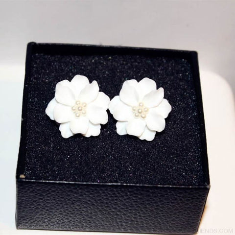 Image of Big White Flower With Pearls Stud Earrings - Custom Made | Free Shipping
