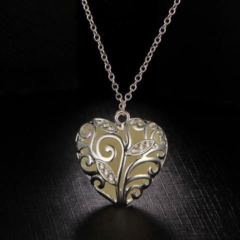 Festoon Heart Pendant Luminous Glow Necklace - Custom Made | Free Shipping
