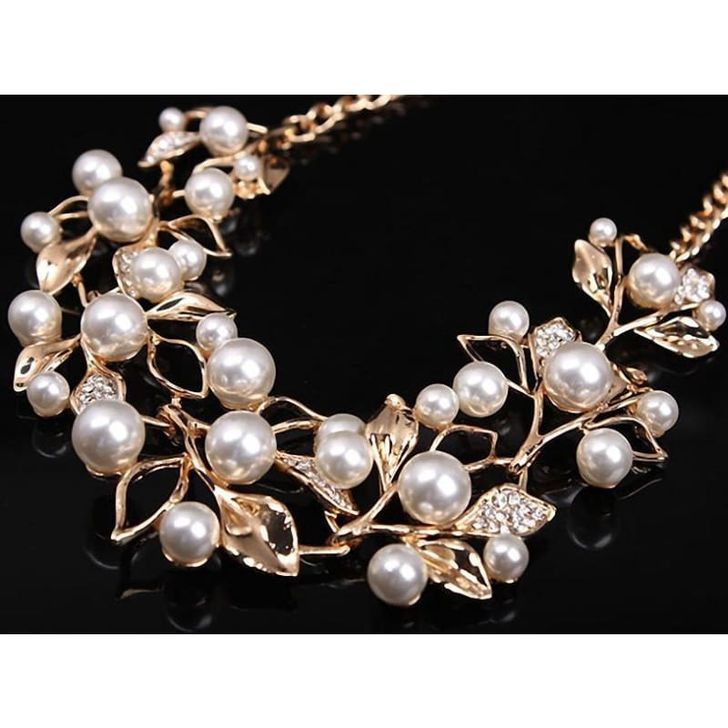 Pearl Leaves Statement Necklace - Custom Made | Free Shipping