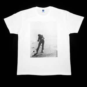 Premium organic white T-shirt, Paris May 1968