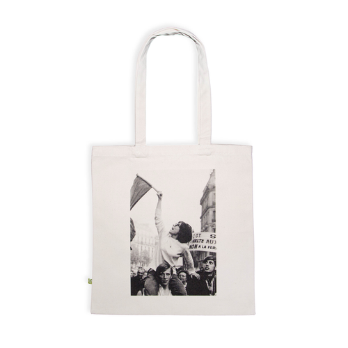Tote bag premium, Paris, May 1968