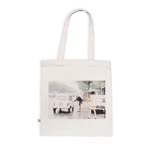 Tote bag premium, Paris 1968