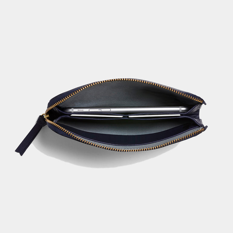 Bellroy Pocket in Navy