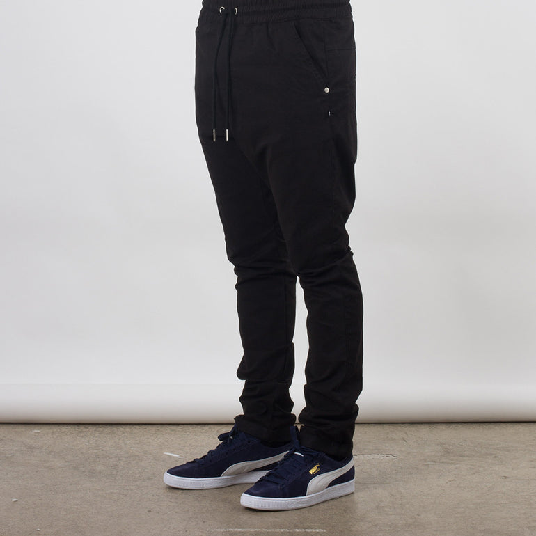 Federation Passenger Pant in Black