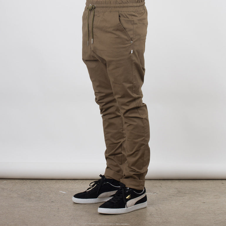Federation Passenger Pant in Tan