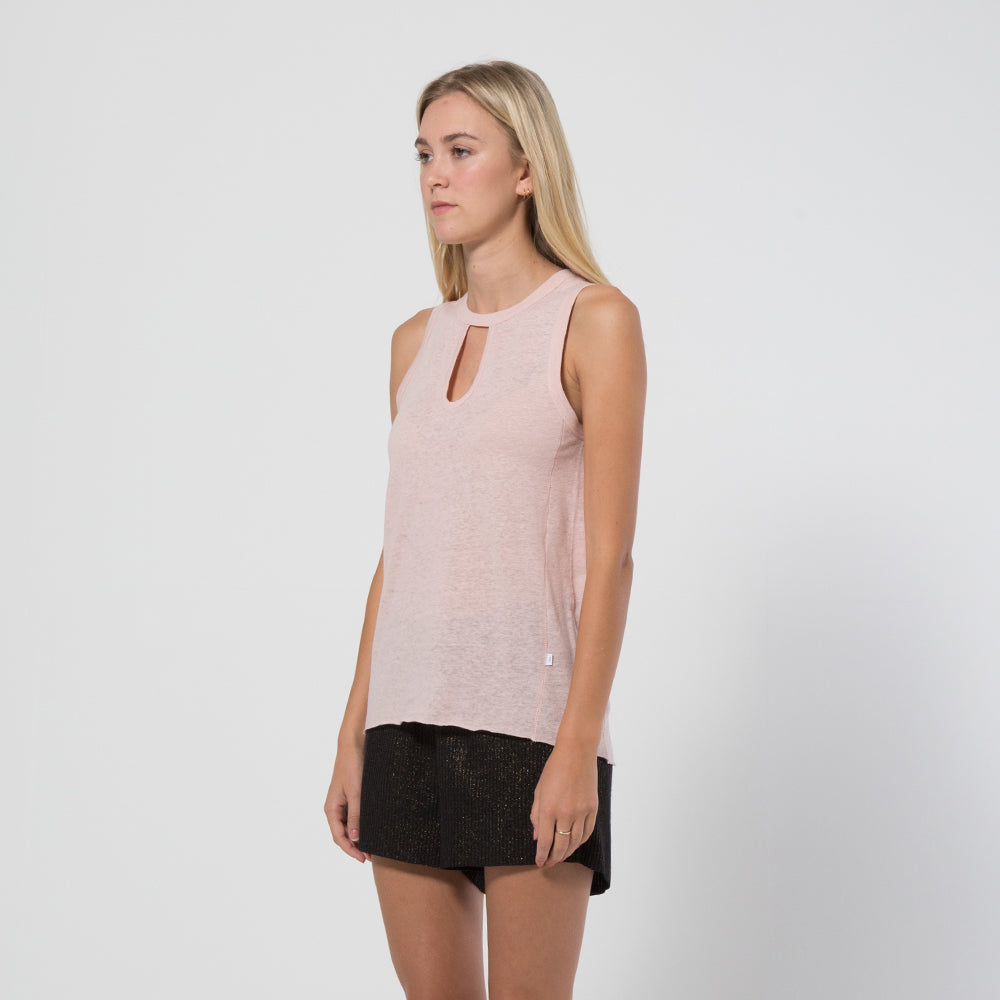 Five Each Classic Keyhole Tank in Blush