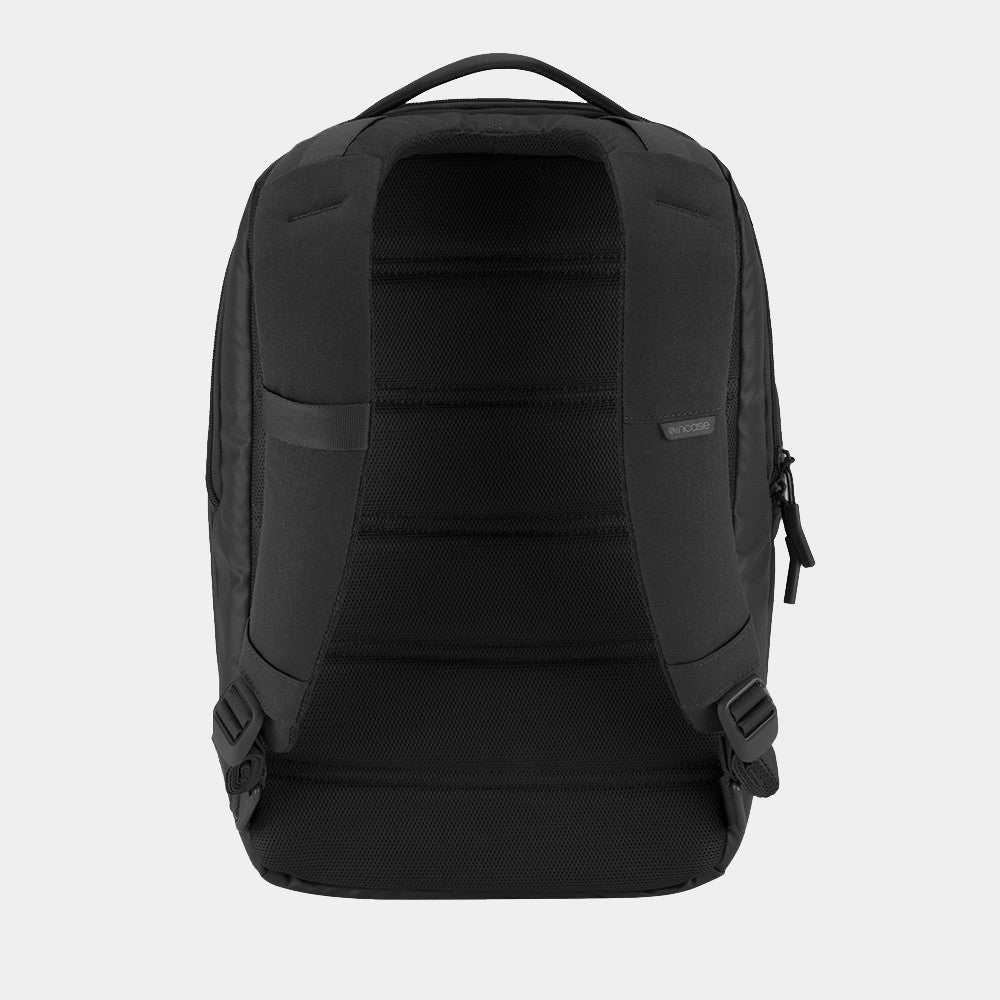 Incase - Compact Backpack Black