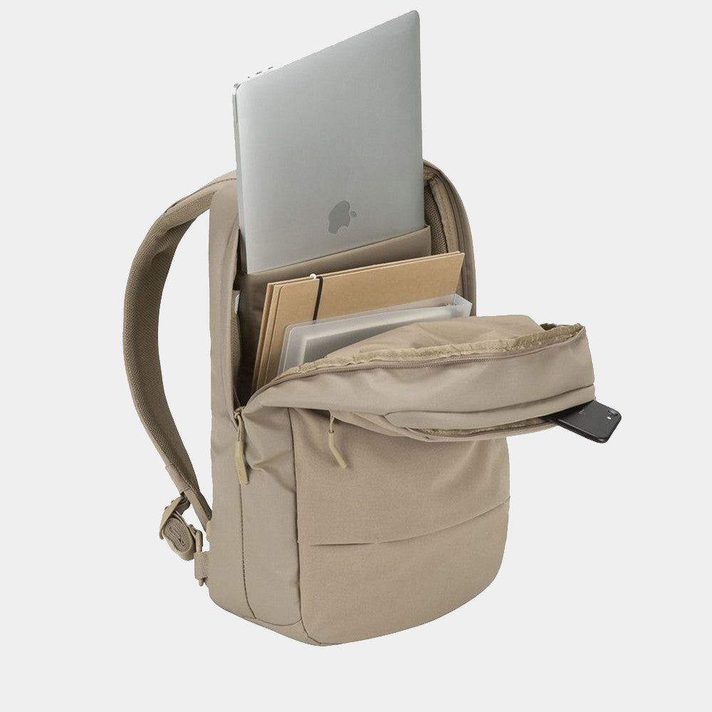 Incase / Compact Backpack in Dark Khaki