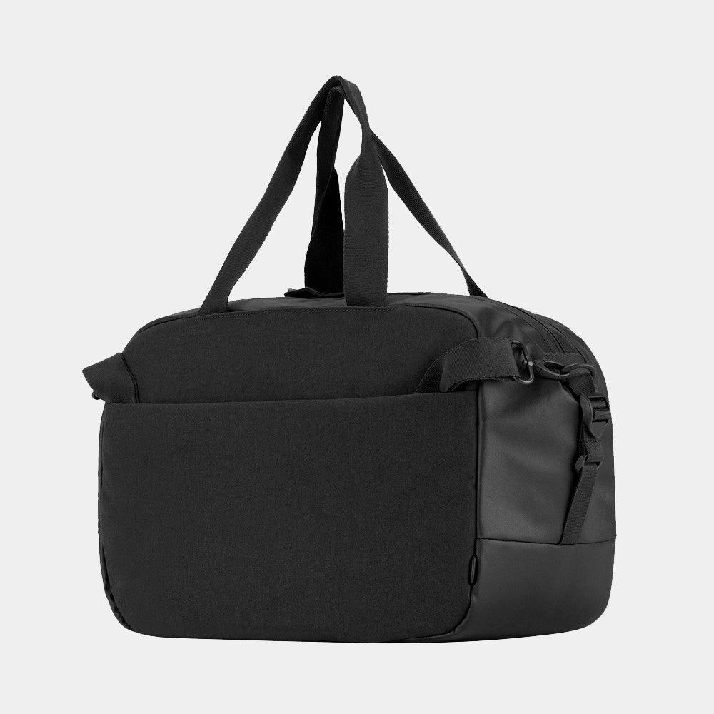 Incase - Duffel Bag in Black